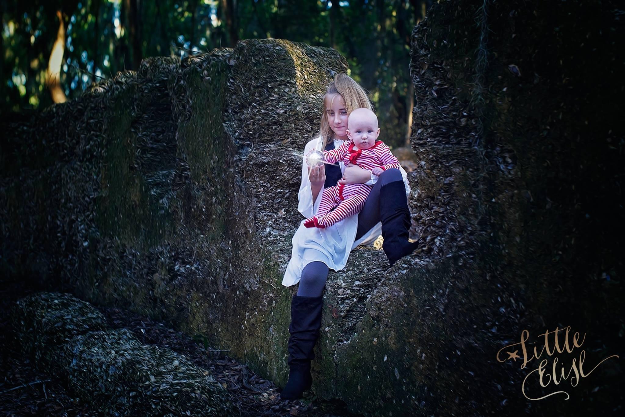 Amber Faust Mommy blog Blogger influencer Family Halloween Costume Ideas