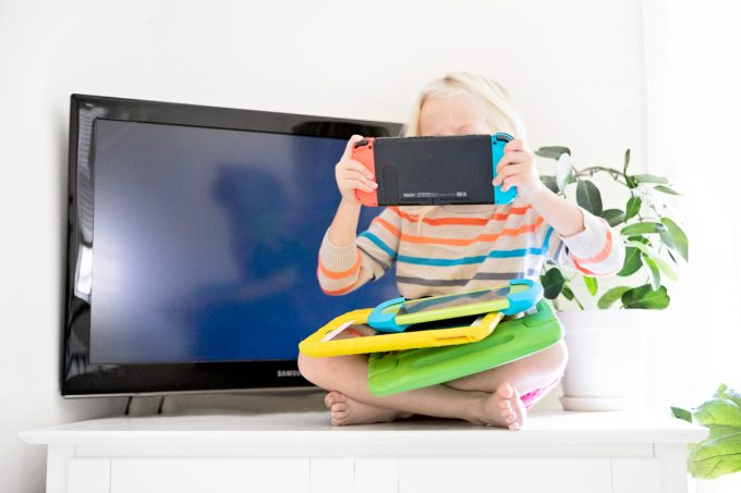 Screen time tips with kids