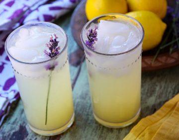 Healthy Mom Blogger Amber Faust Lemonade