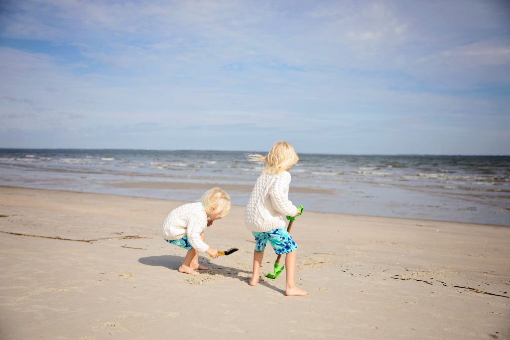 The health benefits of going to the beach.  Healthy Reason to go to the beach. Beach Wellness retreats